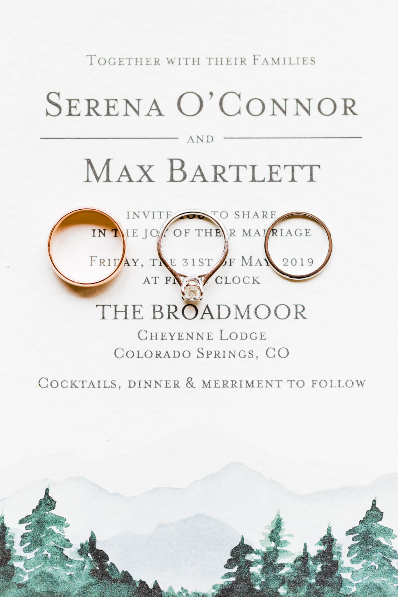 Their invitation suite was a perfect reflection of the mountainous backdrop at Cheyenne Lodge, The Broadmoor.