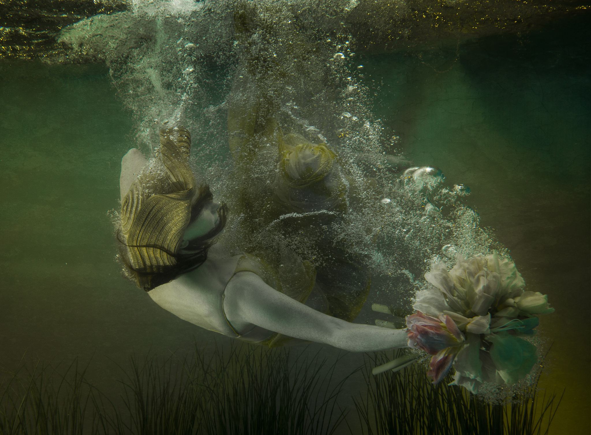 Underwater Fine Art Photography by Cheng Han
