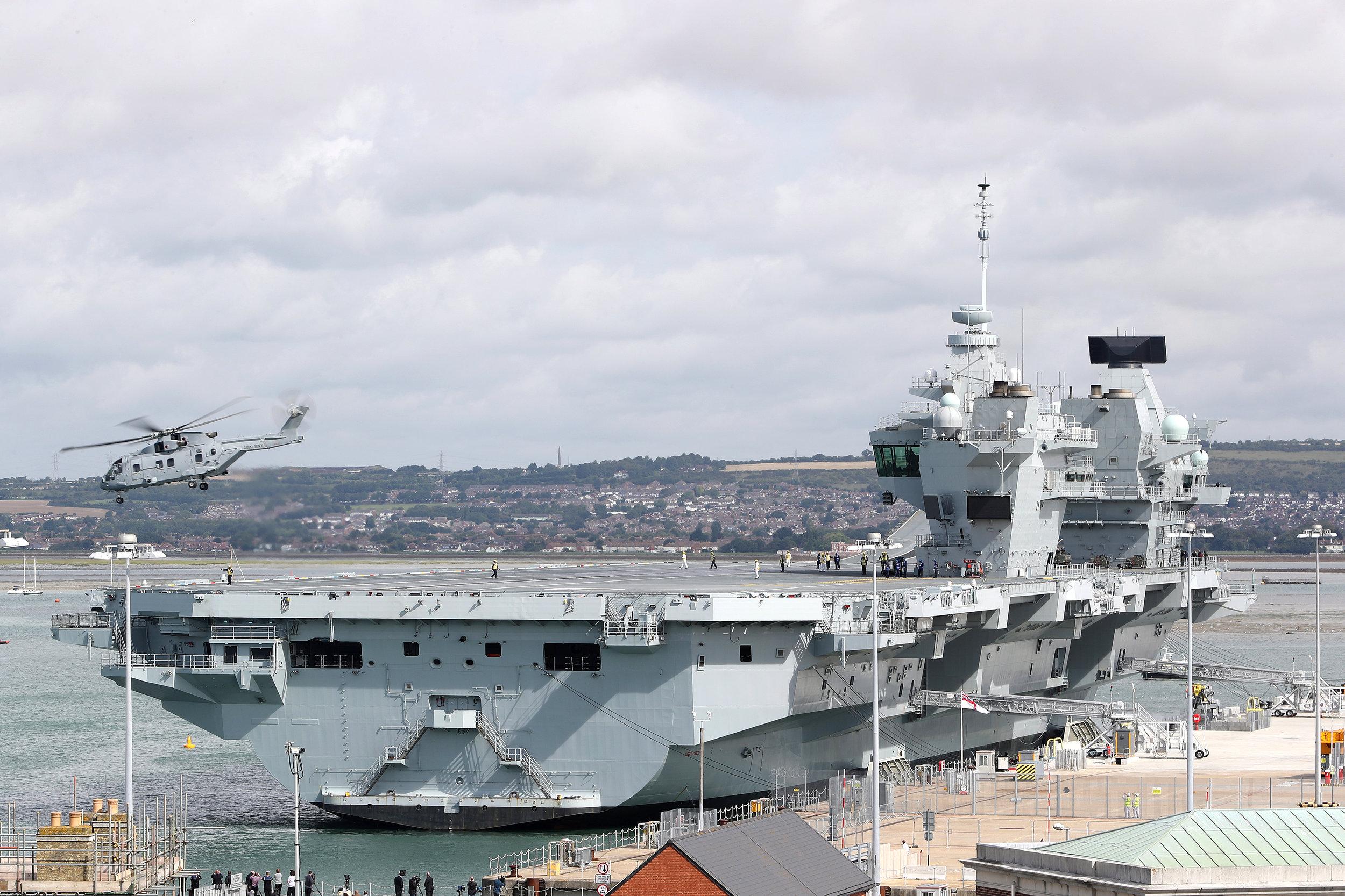 HMS Queen Elizabeth Copyright ©UK MOD CROWN COPYRIGHT, 2016