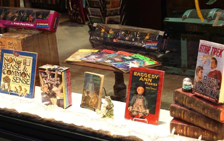 Vintage Boy Scout handbook, Star Trek, Raggedy Ann and the Three Stooges on DVD. 4 disc set.