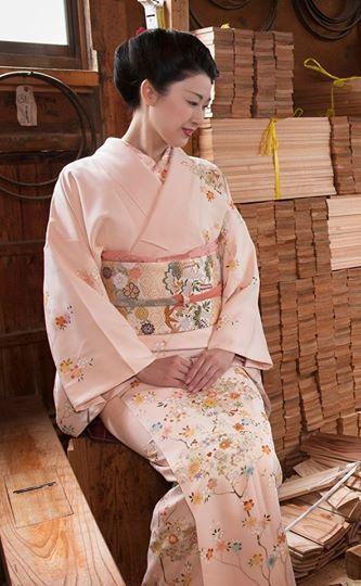 kimono pink with obi.jpg