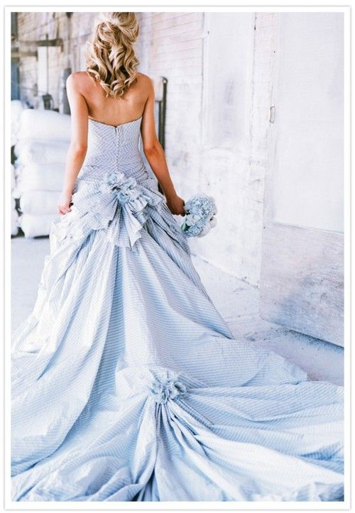 seersucker wedding gown.png