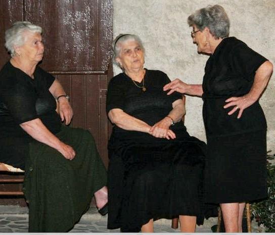 three italian ladies.jpg
