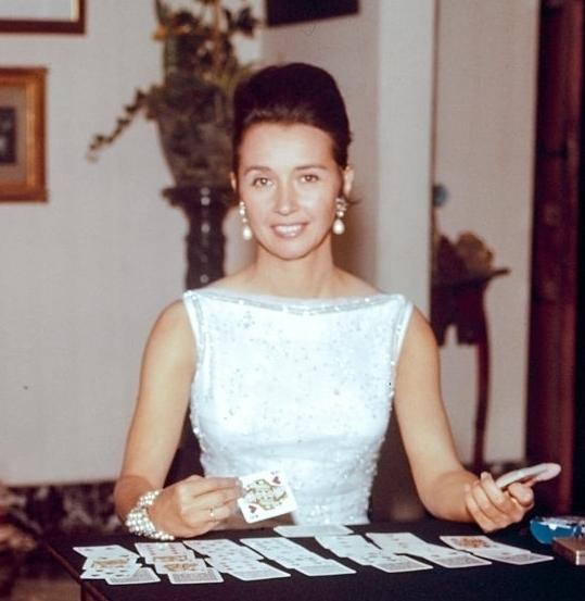 Aline of Romanones white dress (2).jpg
