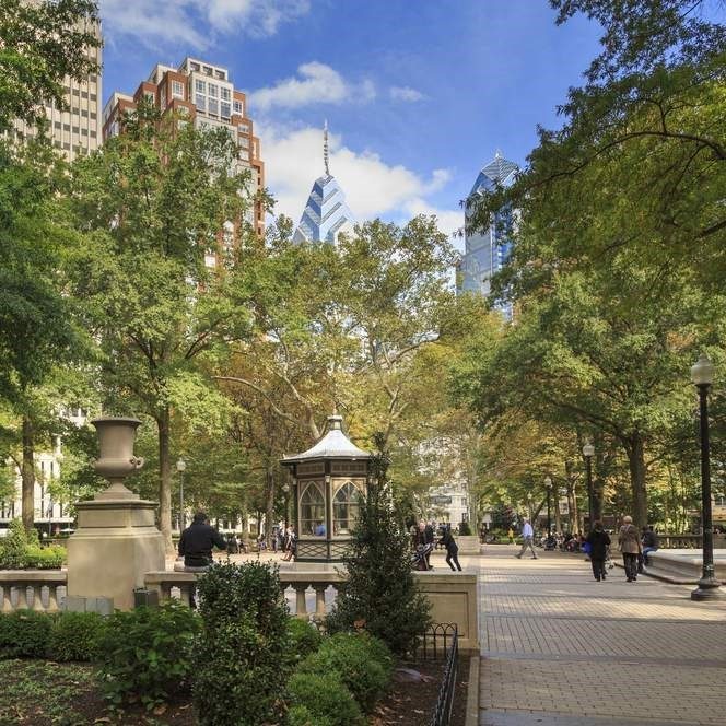 Rittenhouse Square Fine Craft Fair    May 10-12, 2019    18th and Walnut Streets    Philadelphia, Pennsylvania