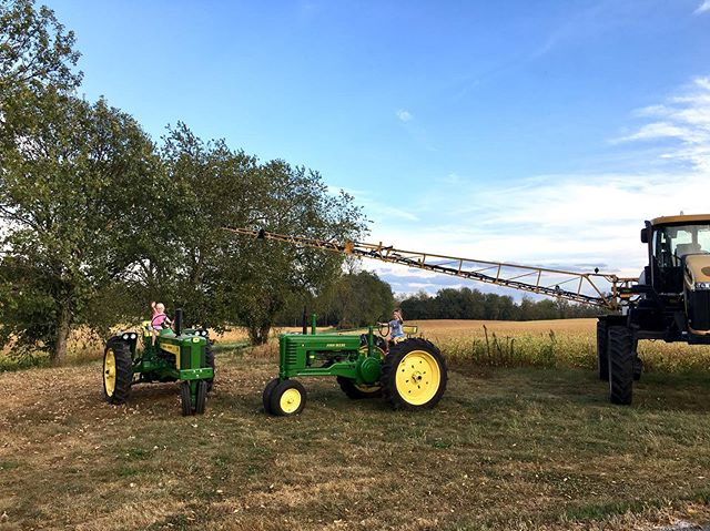 Thanks to all of our members and friends that joined us for our annual CSA potluck! It was a beautiful night to share a meal, decorate pumpkins and climb on equipment! Look at our future farmers! #TealTractorCSA #notill #sustainableagriculture #kentuckyproud #kyag365 #csa