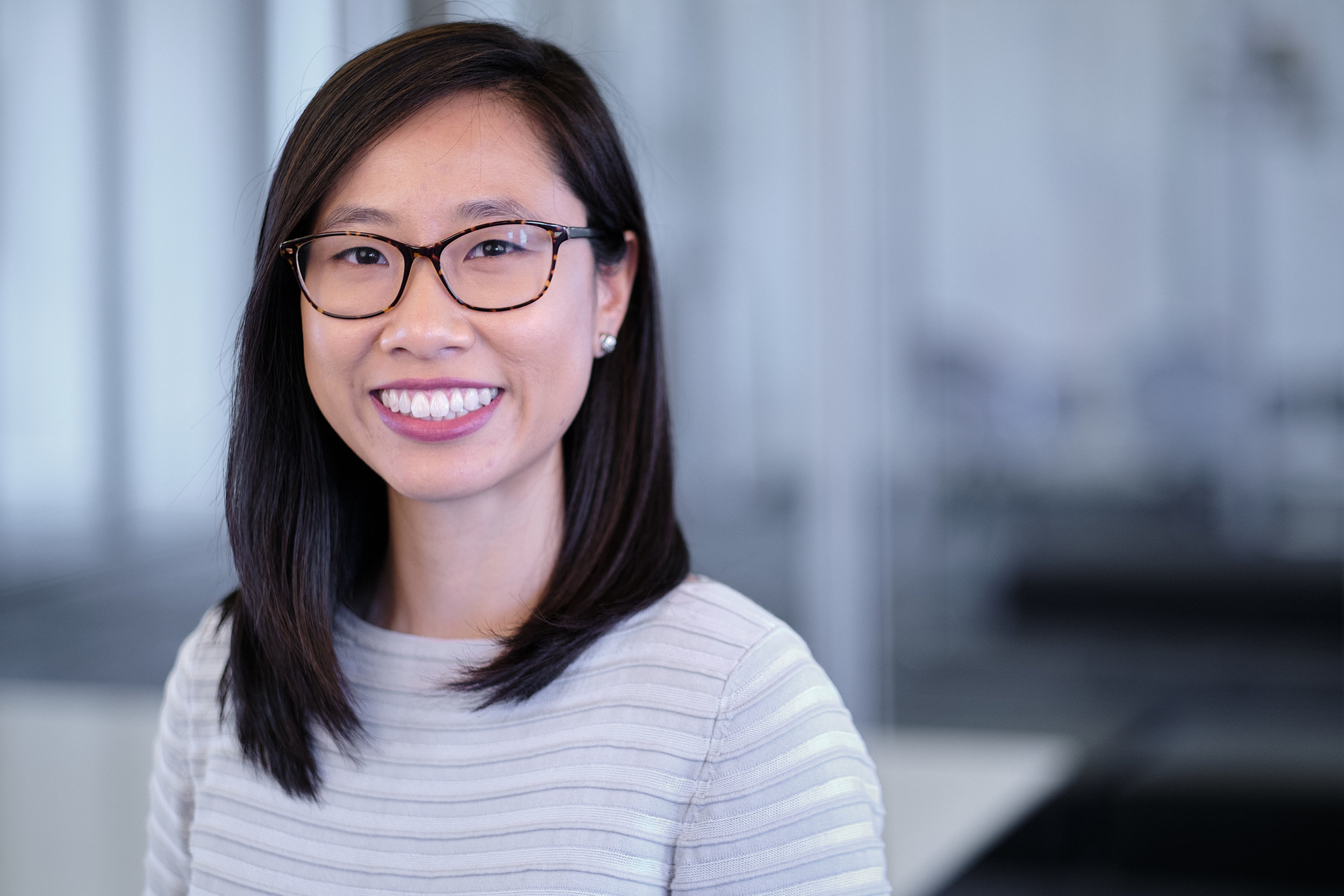 Crystal Hong , Associate