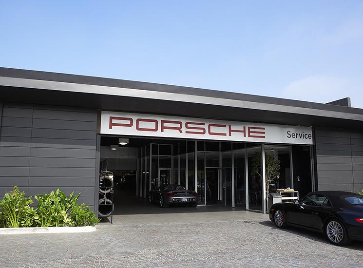 Graves_Porsche_06.jpg