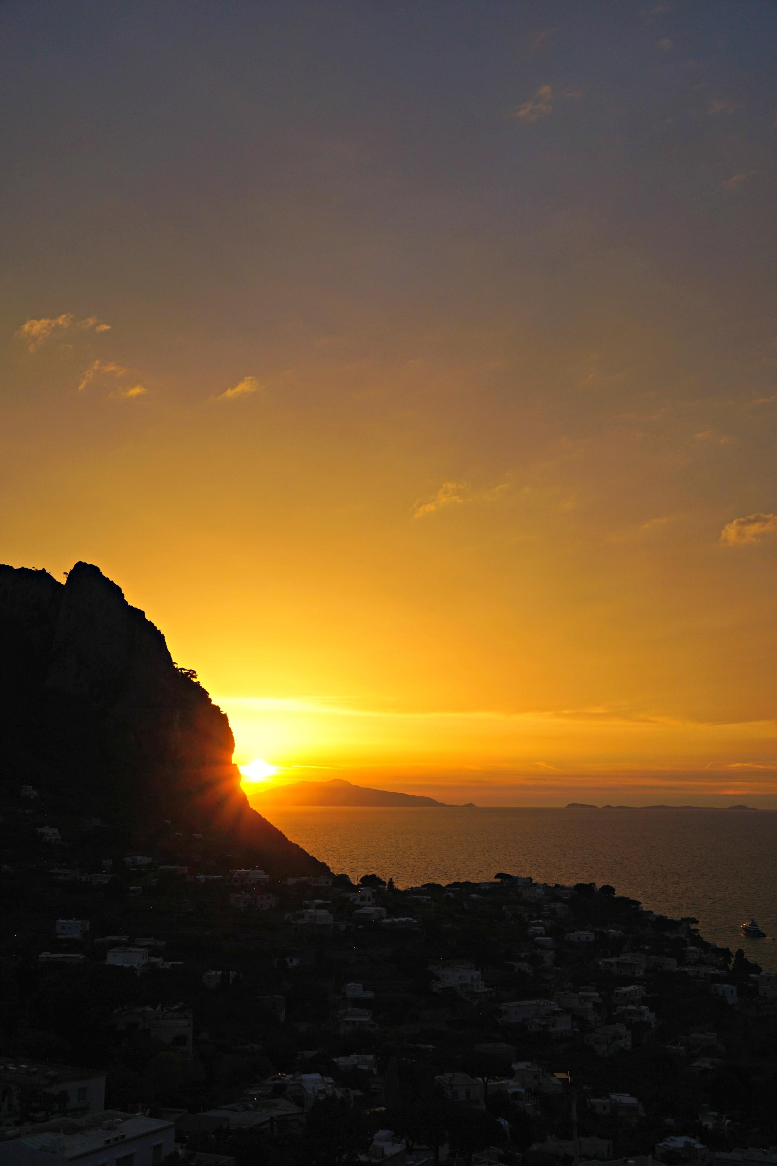 The Ordinary Lovely: Sunset in Capri