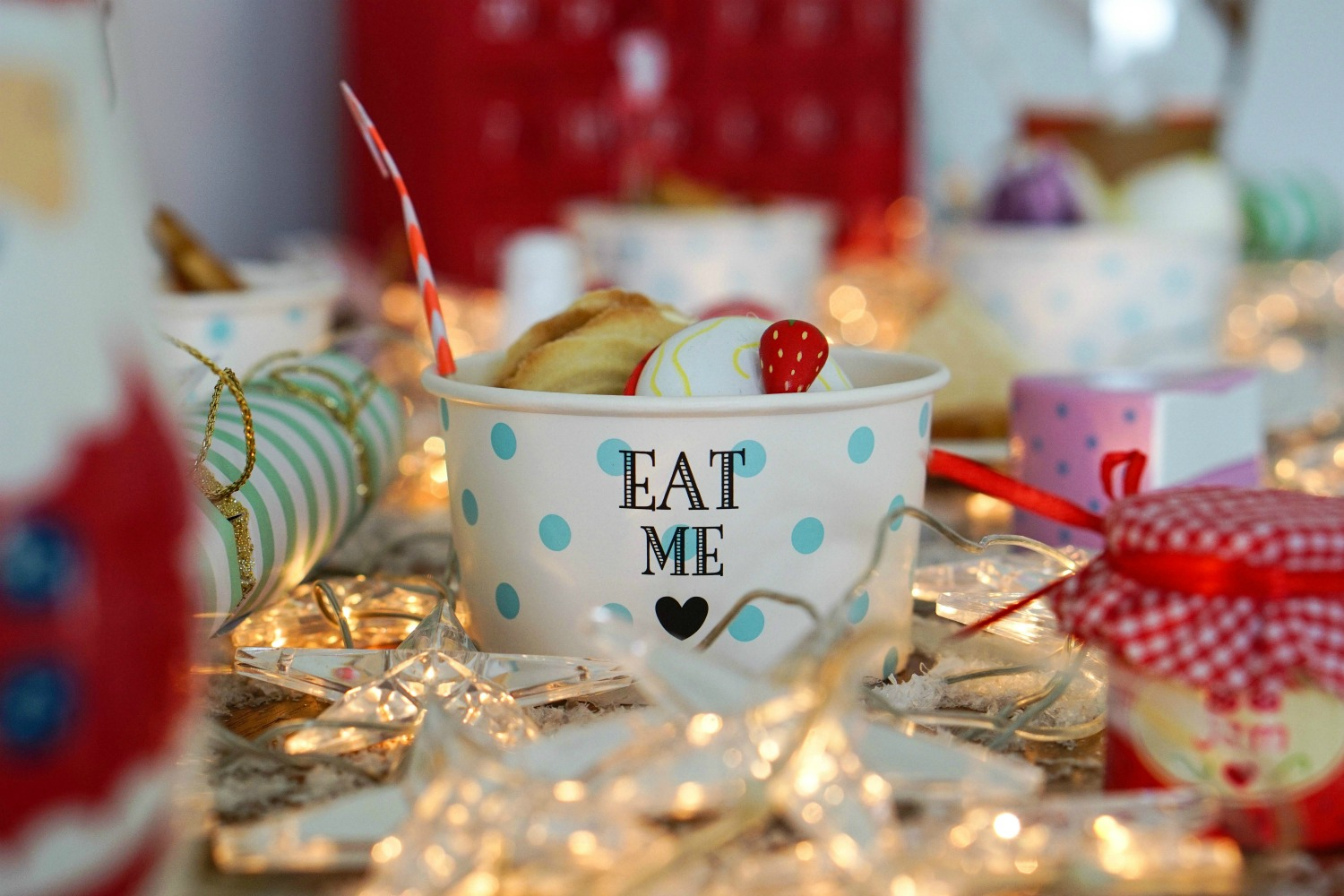 The Ordinary Lovely: Throwing a fabulously festive afternoon tea party for children
