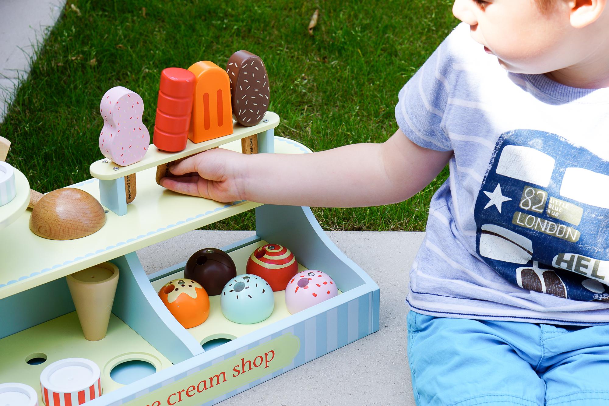 Turn your garden in to a children's ice cream parlour