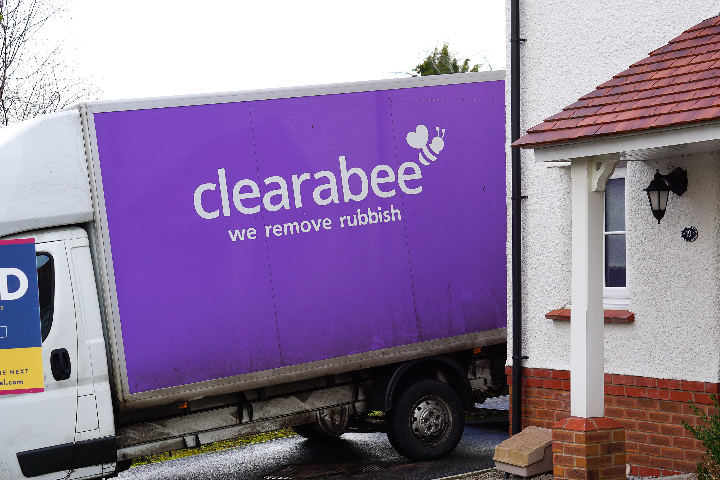 Pre-move decluttering with Clearabee