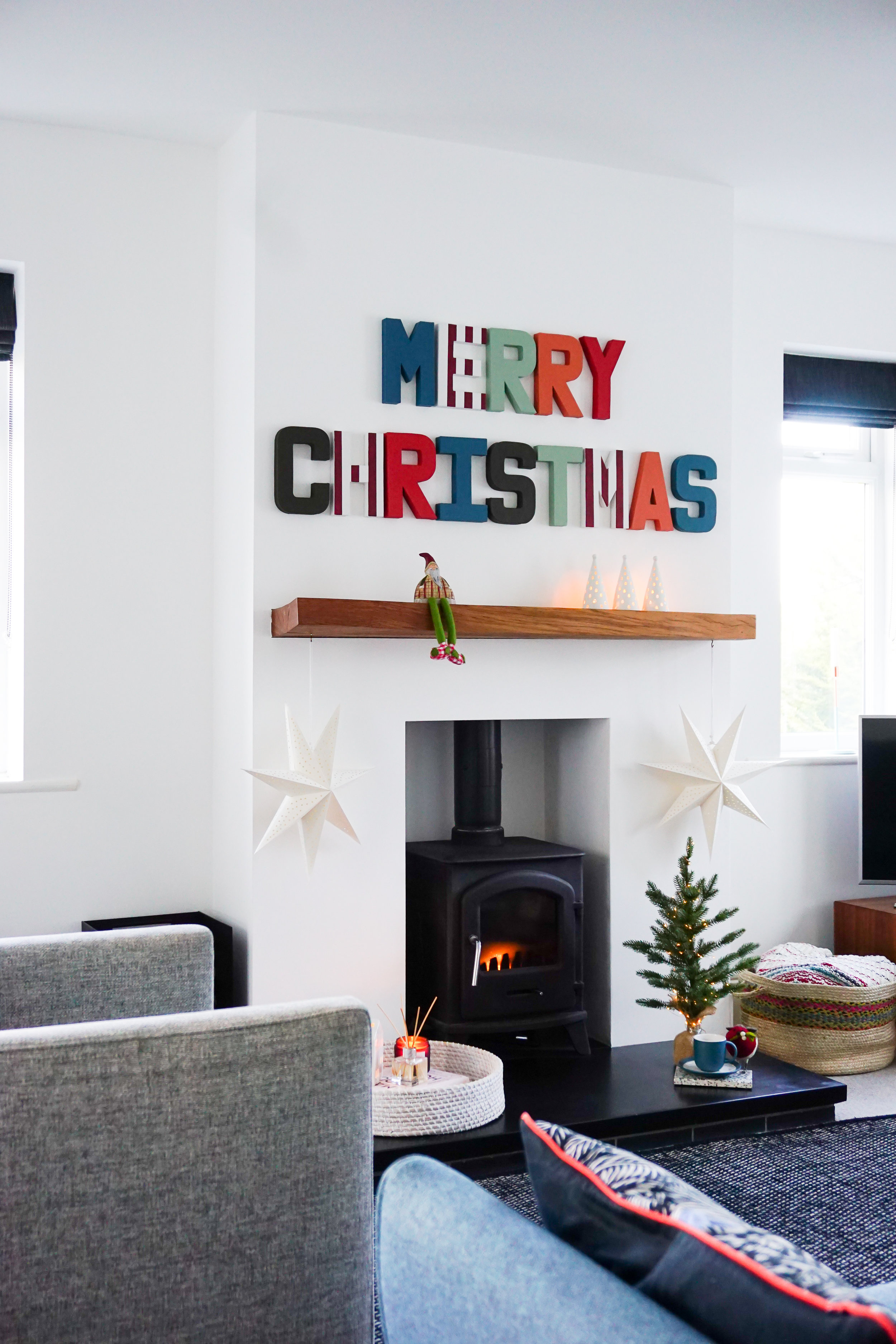 Merry Christmas craft using Dulux Colour of the Year 2019 Love palette