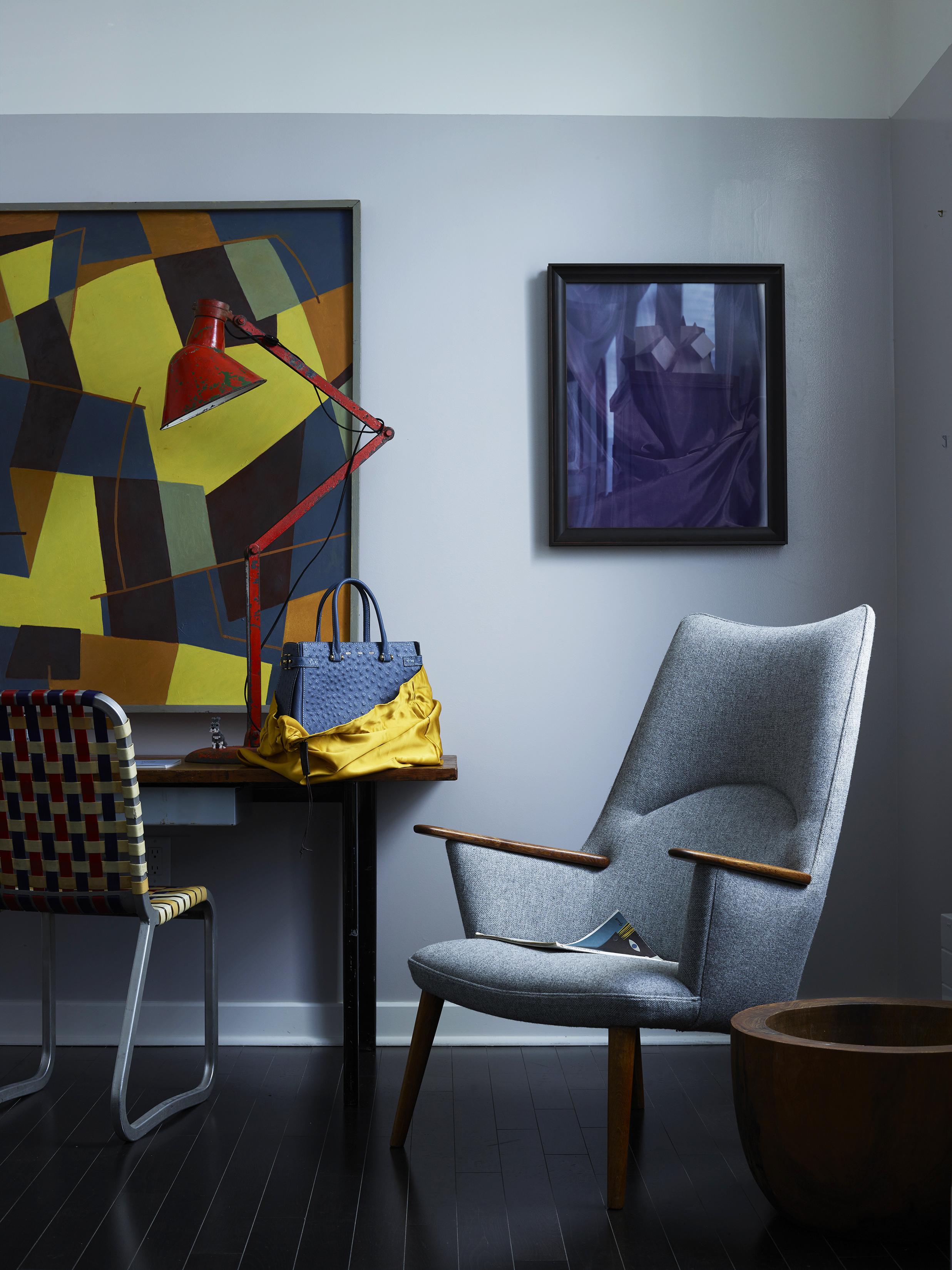 Chair_purpleart_847_LRET_brite.jpg