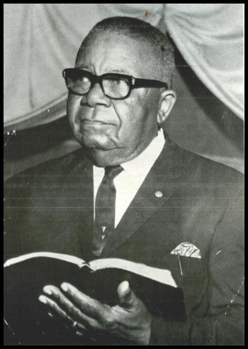 Picture03 Rev.Henry Woodson-served 1950-1968 - Copy.jpg