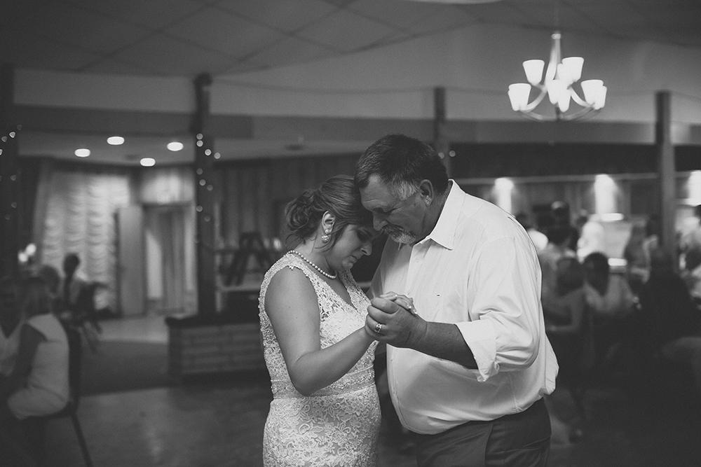 lake-tanglewood-wedding