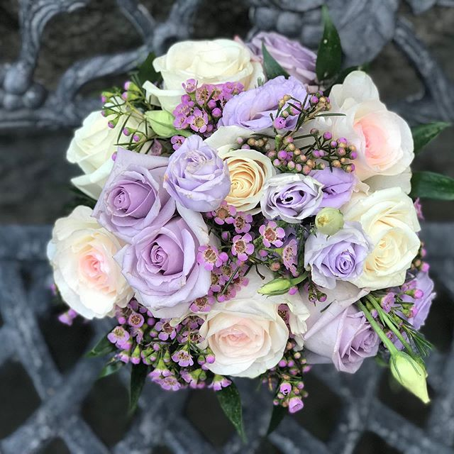 #weddingflowers #weddingbouquet #bridalbouquet