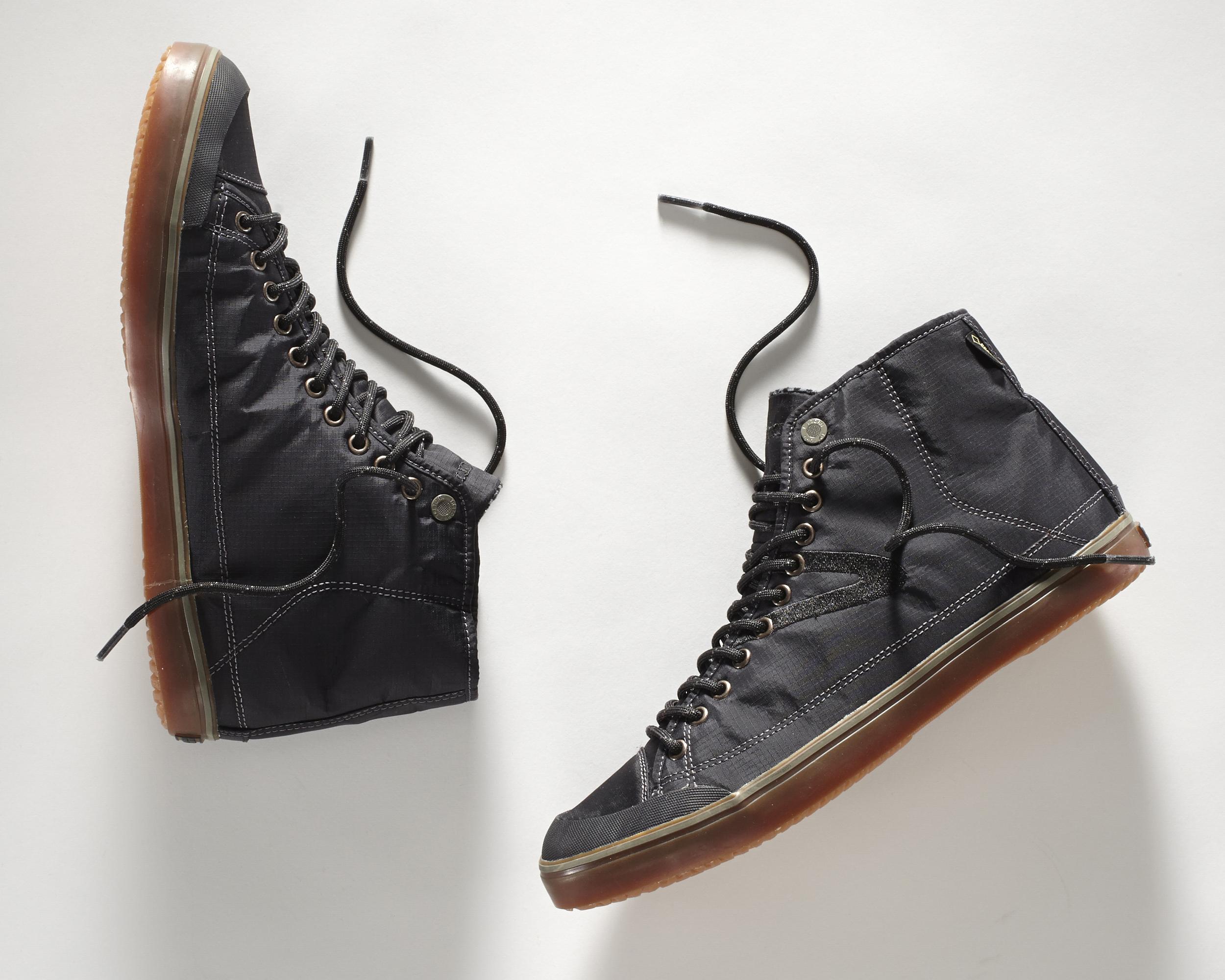 Sneakers-525.jpg