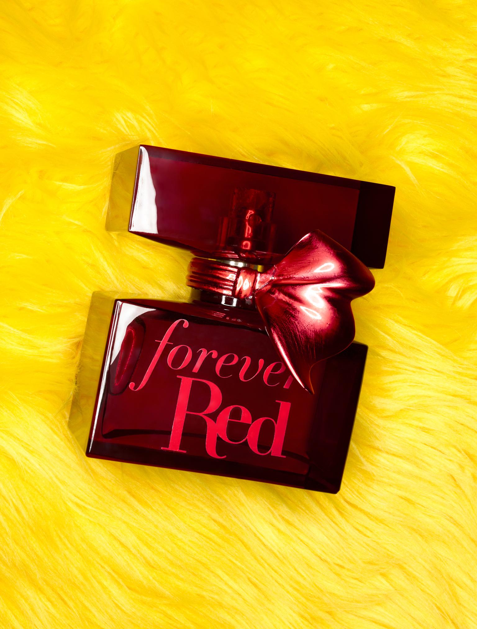 003-02-ForeverRedPerfume_Z-WEB.jpg