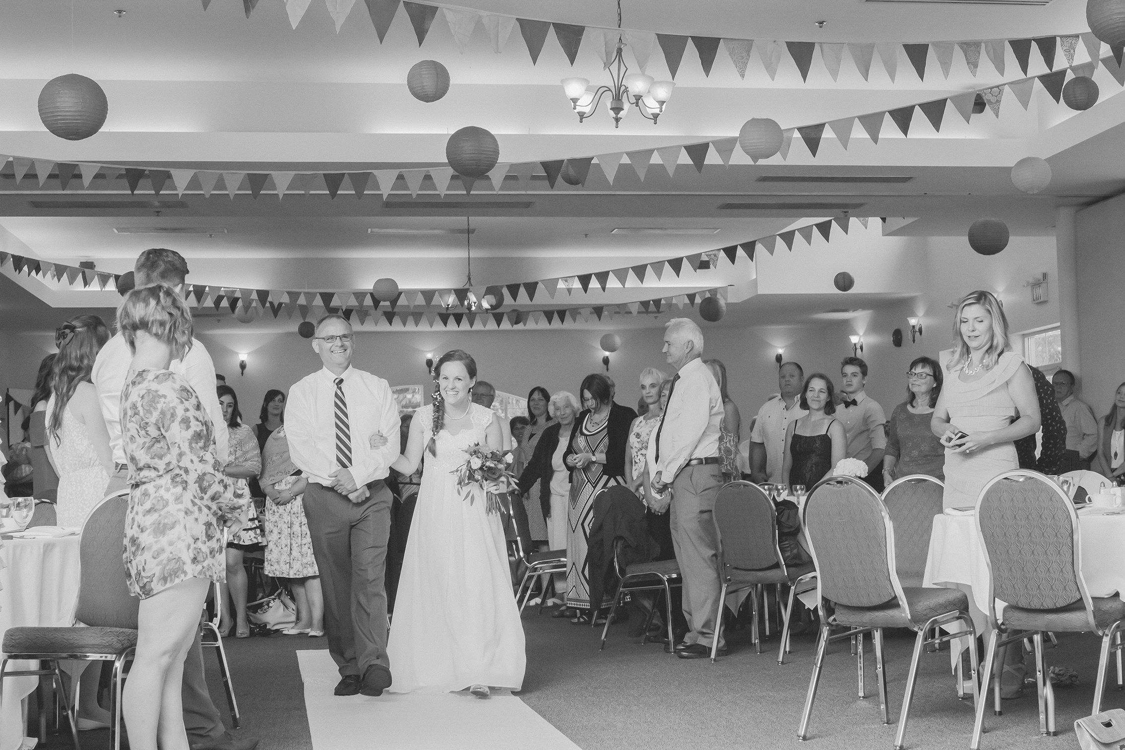 Dayna and Dylan - BW (439 of 793).jpg