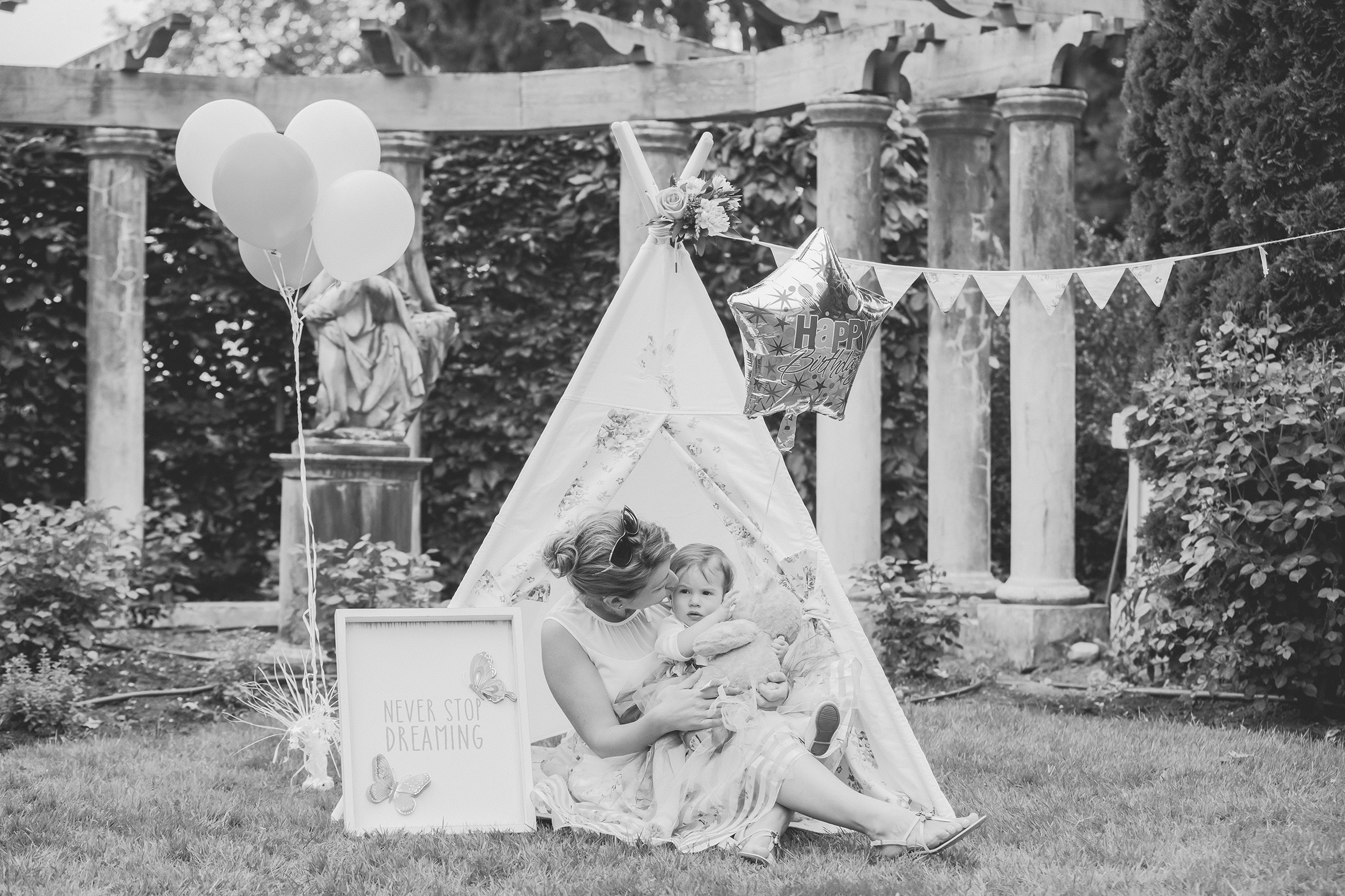 Matea Turns One - BW (250 of 390).jpg