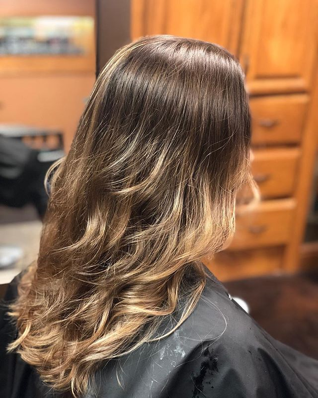 ready to give my guest the color they crave #brondehair #brondebalayage #fallhaircolor join me this week at @the.studio.salon @studio.3 @facetsalonandspa as my mantra is.. #everyguestmatters #everyguesteverytime #ilovemyjob #ohiohairstylist @rachellemyarnell
