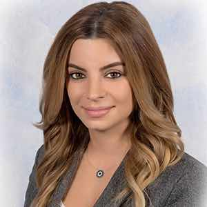 Gloria Tumanyan - Employment Lawyer