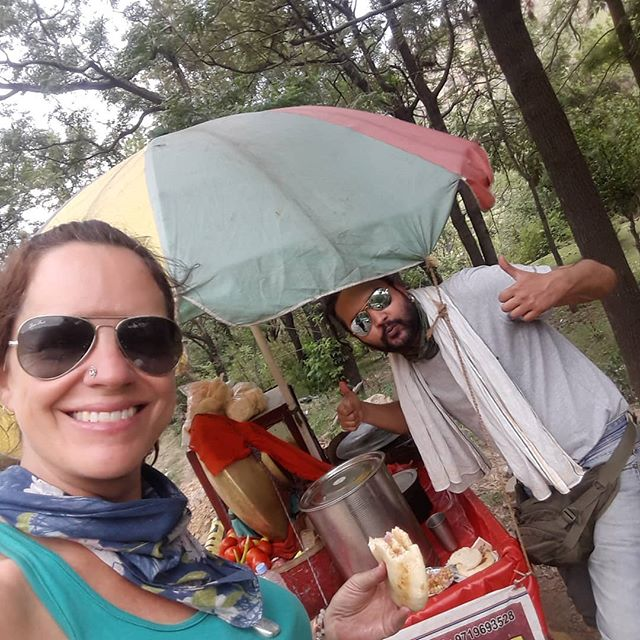 Road side lunch on last day of the ride. #goodtimes #travelindia #worldadventures #expatliving #worldtraveler #lifebydesign #lifeisbeautiful #nourishyoursoul @warriorflow