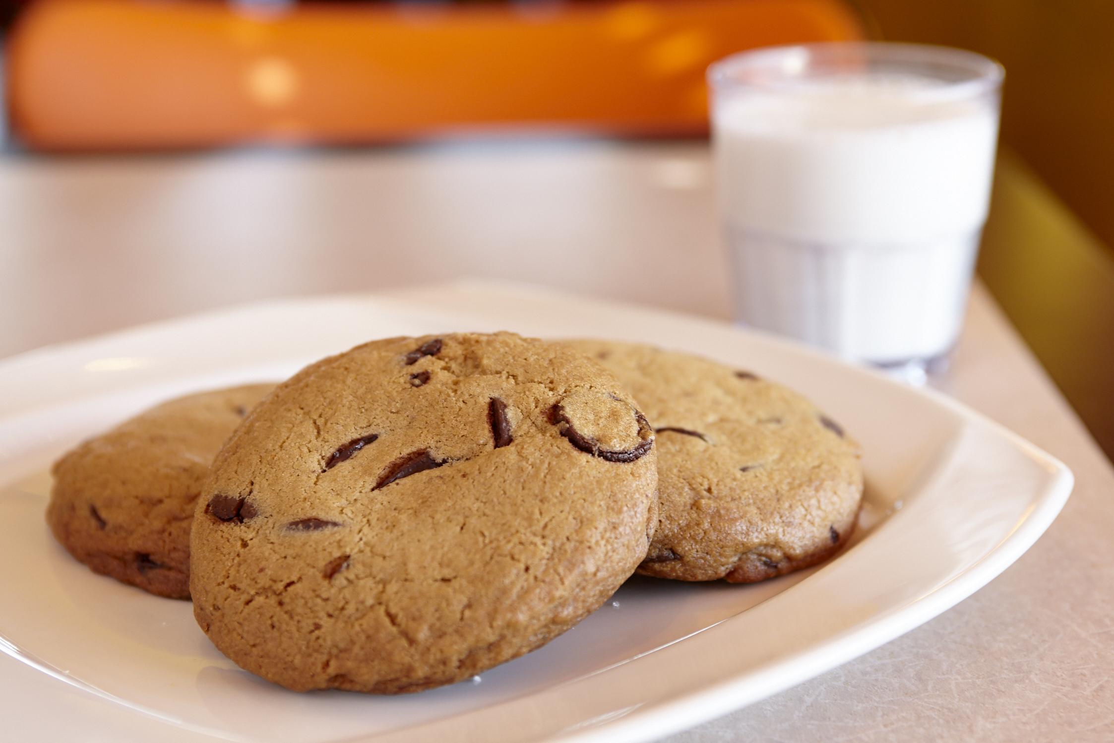 BIG Chocolate Chip Cookies!