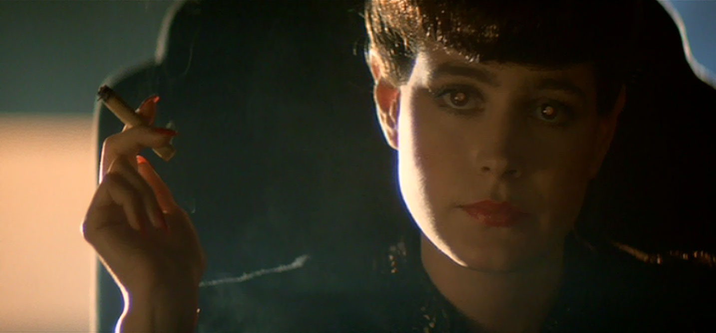 The replicants have a very distinct warm eye light.