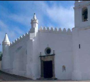 Antiga mesquita de Mértola, Portugal      http://www.ippar.pt/patrimonio/itinerarios/alent_algarve/itin_mertola.html
