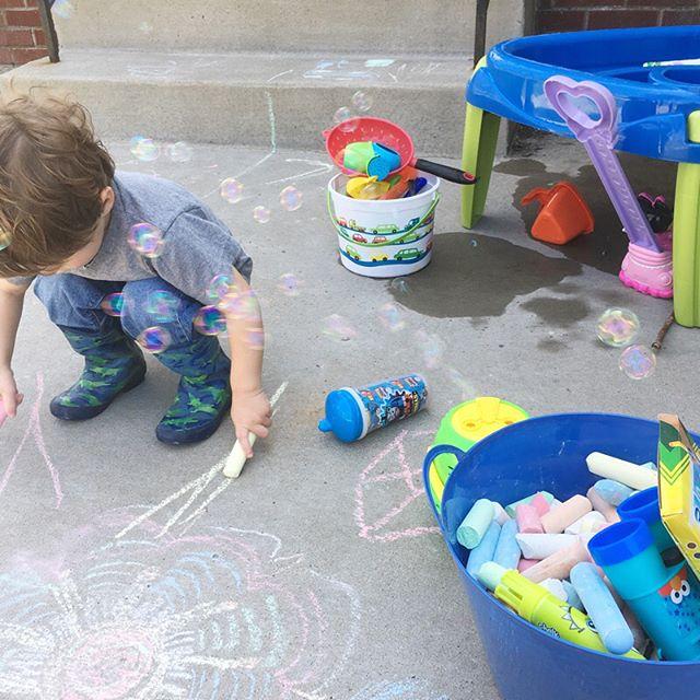 Spring. Finally. . . .  #ceomoms #ladyboss #womeninbiz #bosslady #wahm #wahmlife #workathomemom #workfromhomemom #mompreneur #parentpreneur #momboss #bossmom #behindthescenes #entrepreneur #solopreneur #mycreativebiz #toddler #boymom #spring #toddlerlife #toddlerfun #remotework