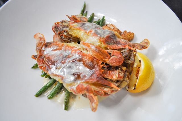 Time waits for no one...including soft shell crabs. Get yours before it's too late! #limitedtimeonly⠀ •⠀ •⠀ •⠀ •⠀ •⠀ •⠀ •⠀ •⠀ •⠀ •⠀ •⠀ •⠀ #Claudias #ClaudiasDC #WashingtonDC #DCRestaurants #WineAndDine #LuxuryDining #LuxuryEvents #DCEvents #DCEats #DCBars #BarScene #HappyHour #LuxurySpaces #EventPlanning #BusinessEvents #PrivateDining #buzzfeasty #foodbeast #foodporn #eatingfortheinsta #igdc #dc #spoonfeed #foodnetwork #foodpornshare #huffposttaste #eatthis