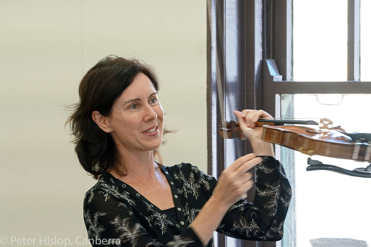 CIMF 2016 - Concert 12 - Braddons Bread and Games. Anna McMichael discusses her violin
