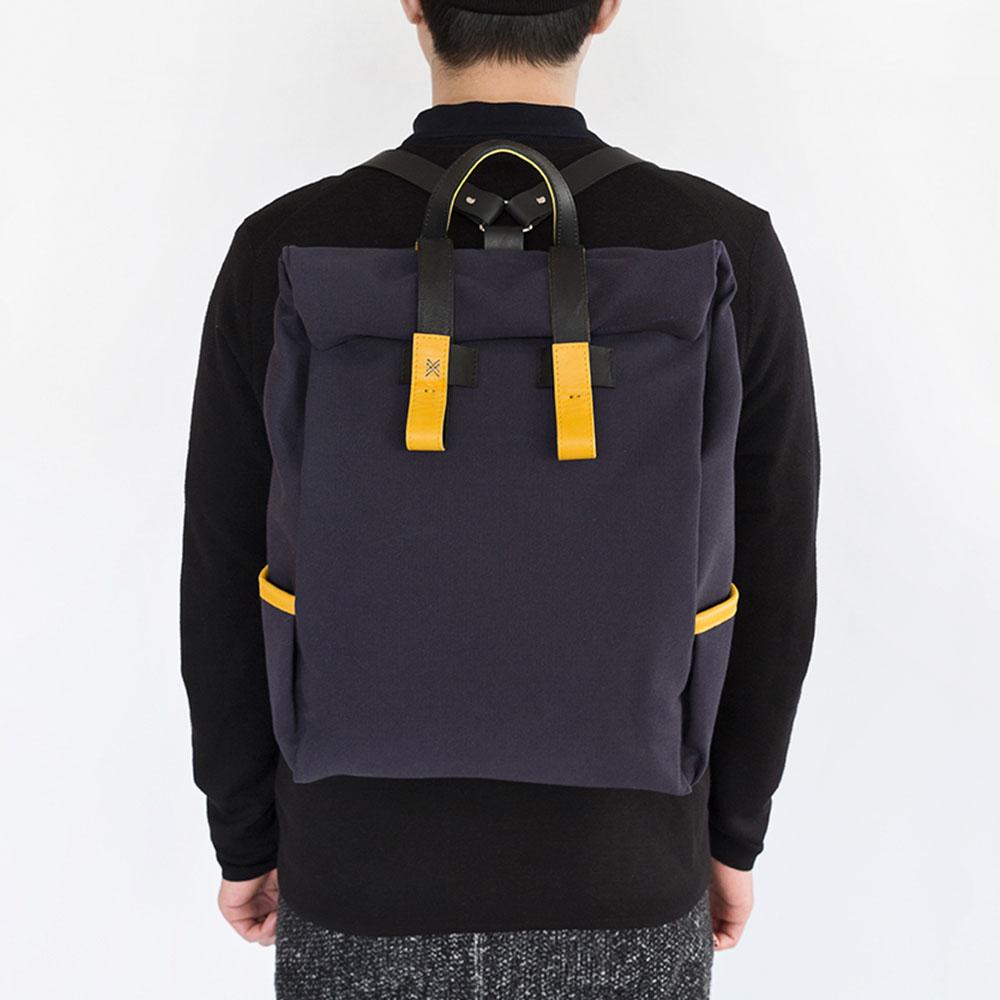 backpackcanvas-studiocandicelau.jpg