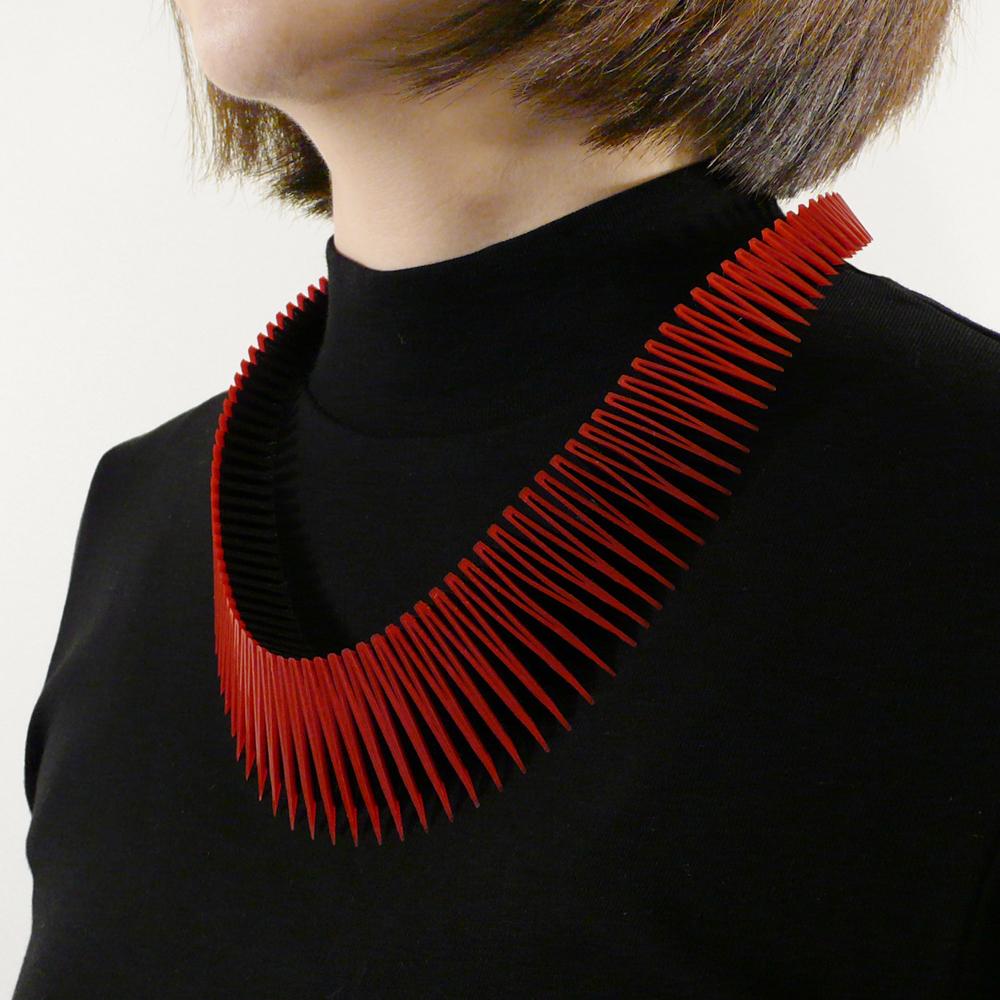 RN_SERPENT necklace_RB_01.jpg