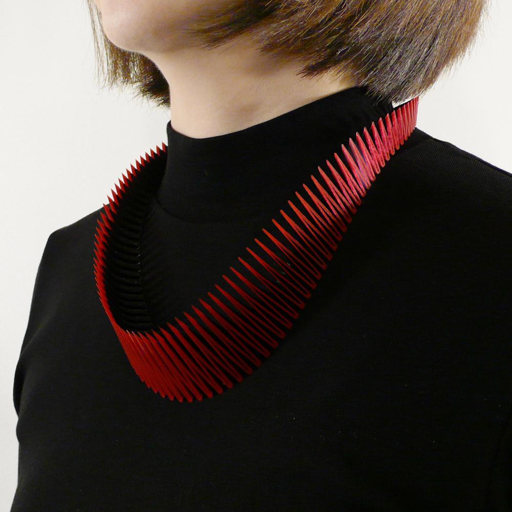 RN_SERPENT necklace_RB_02.jpg