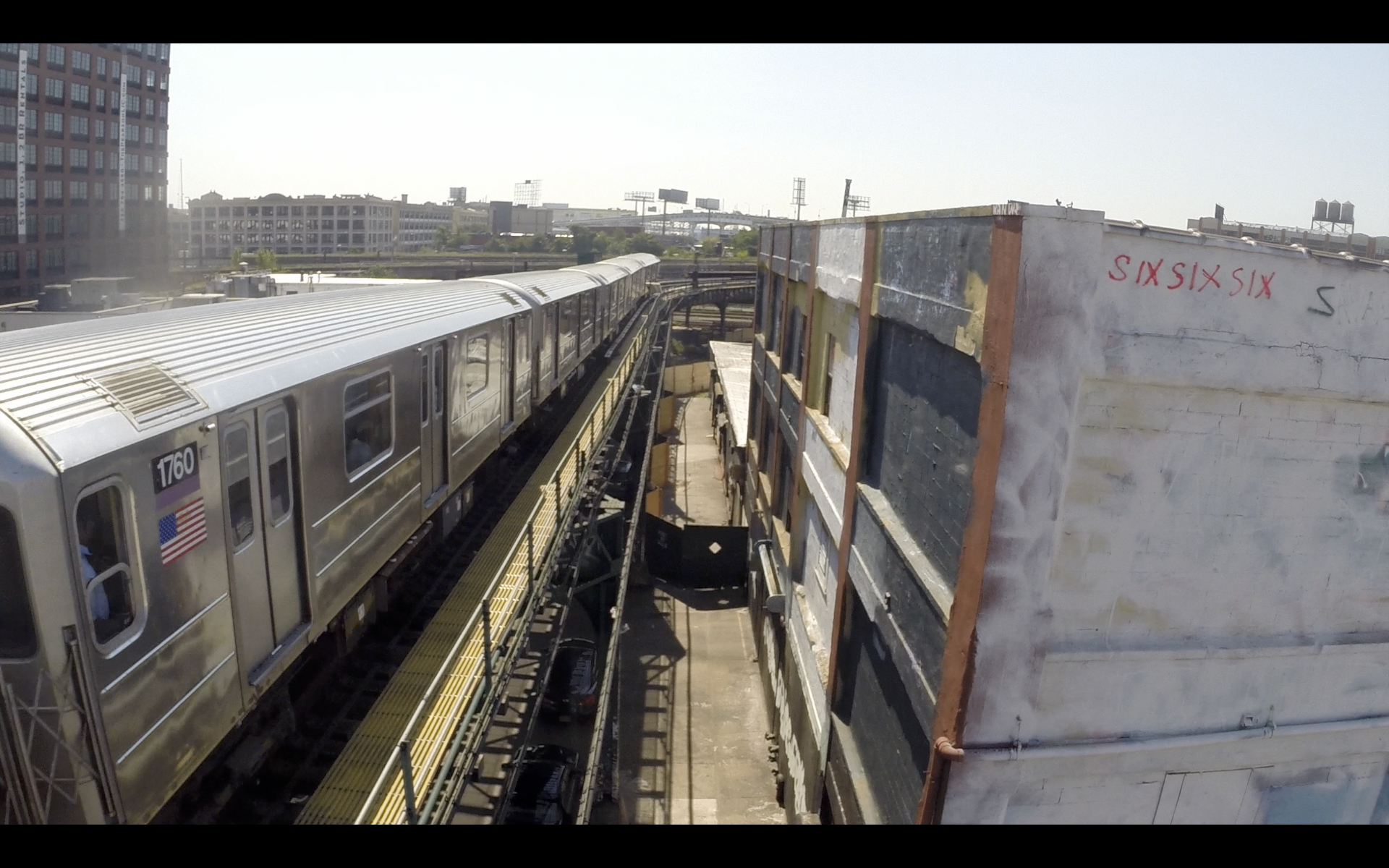 7 Train over Davis St., Long Island City, Queens NY