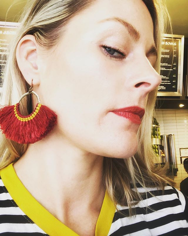 Always an earring fiesta! Still in ♥️ with these handmade beauties @queenmagpiejewellery @danweakley
