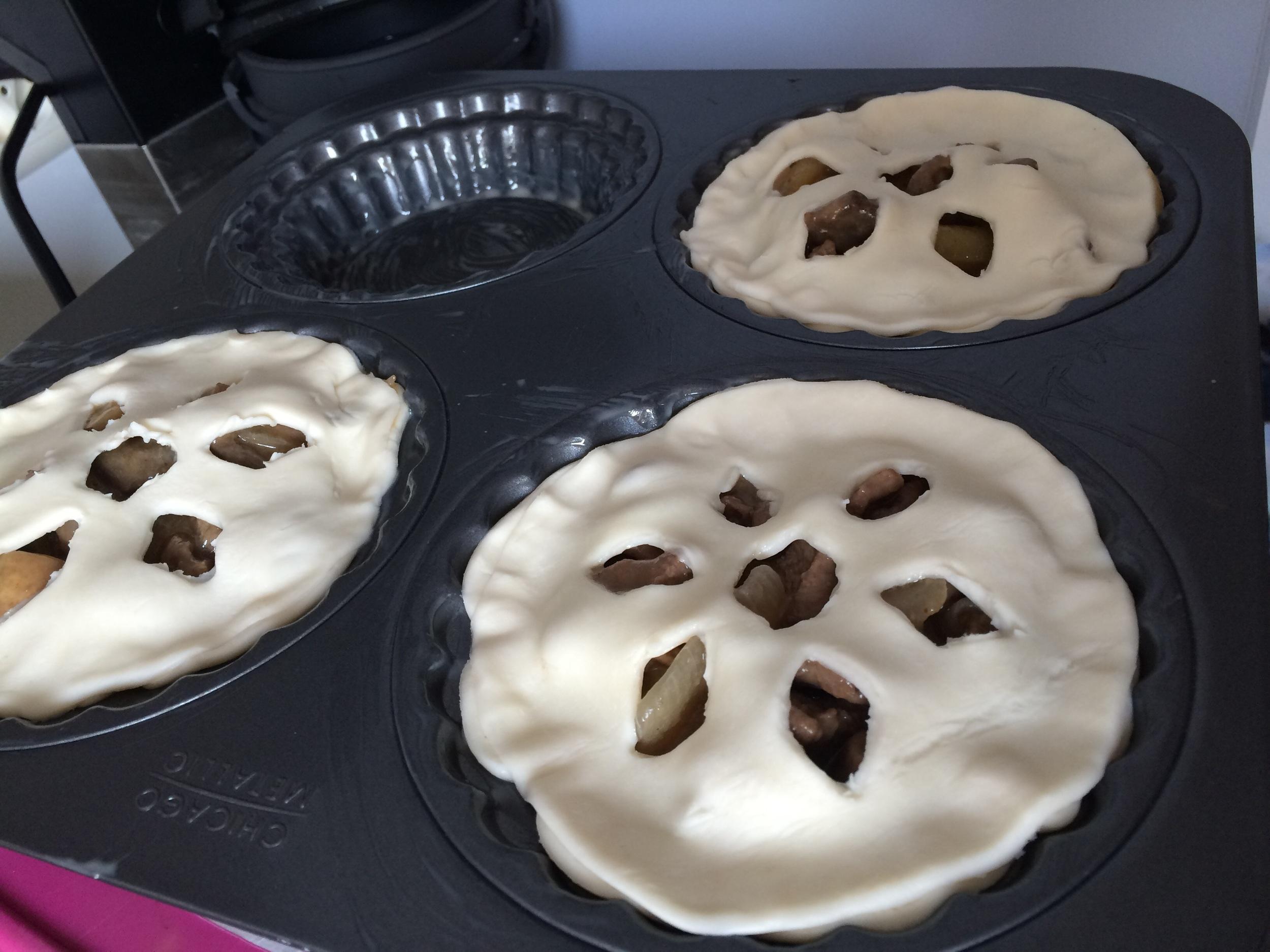 my lovely pie mould <3