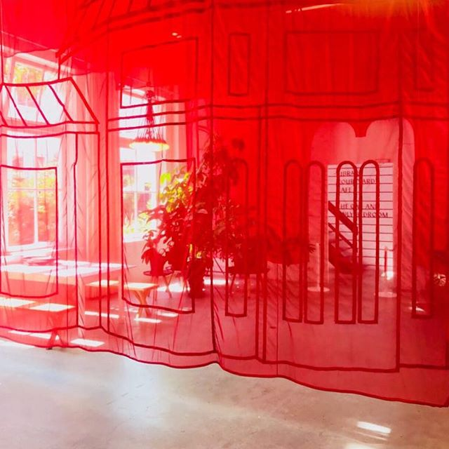 Last chance to spot the serre with a bare floor because next week the design is going to be finalized. ♥️💃 ⠀⠀⠀⠀⠀⠀⠀⠀⠀ Have you already visited the serre? 👉🏻 @Droog, Staalstraat 7B Amsterdam ⠀⠀⠀⠀⠀⠀⠀⠀⠀ #nikkiewester #design #concept #interiortextile #eventspace #amsterdam #droog #red