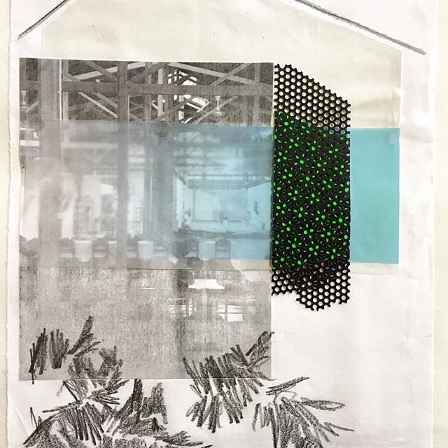Most of the times I start a new design/project with a college, directly after doing some quick sketches. ✏️ It provides the freedom to insert tactile elements into the design at an early stage.  This collage is made for the CACAU curtain. 🌿🌴 ⠀⠀⠀⠀⠀⠀⠀⠀⠀ #nikkiewester #design #sketch #collage #textiledesign #spatialdesign #textile #interiortextile #designeratwork