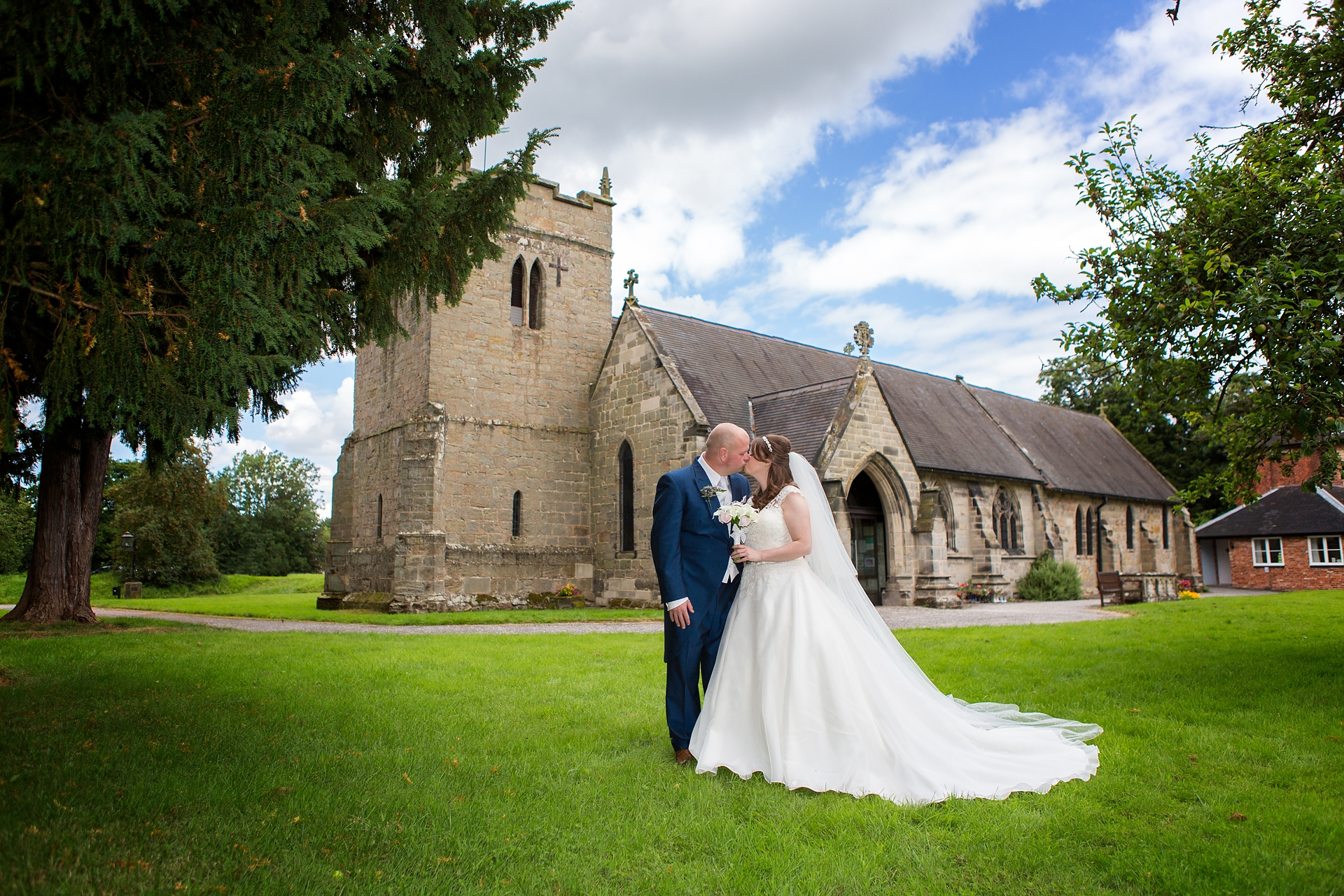 rugeley wedding photographer 6.jpg