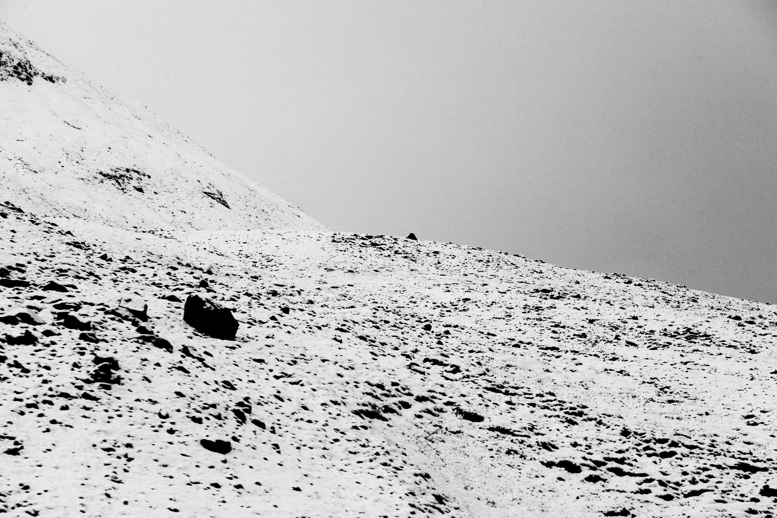 mountainside2.jpg