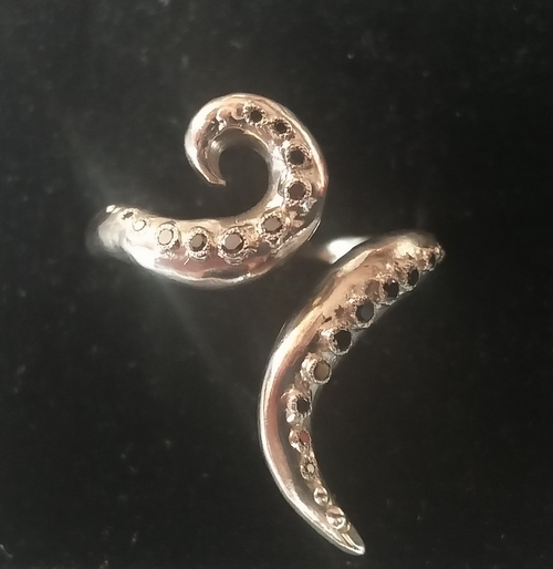 Silver tentactle ring with 20 black diamonds - SOLD