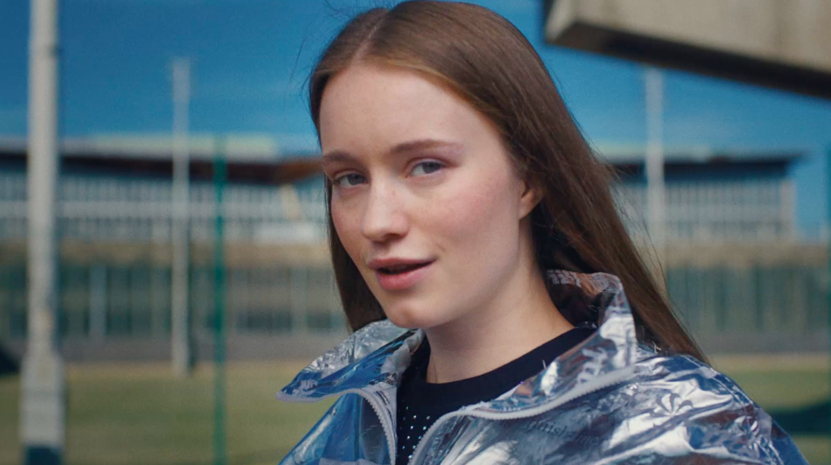 Forever's AB/CD/CD - Directs Sigrid's 'Sucker Punch'