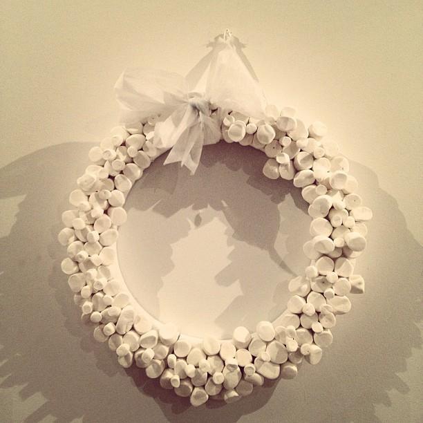La corona de bombones que hice para la navidad del 2012.