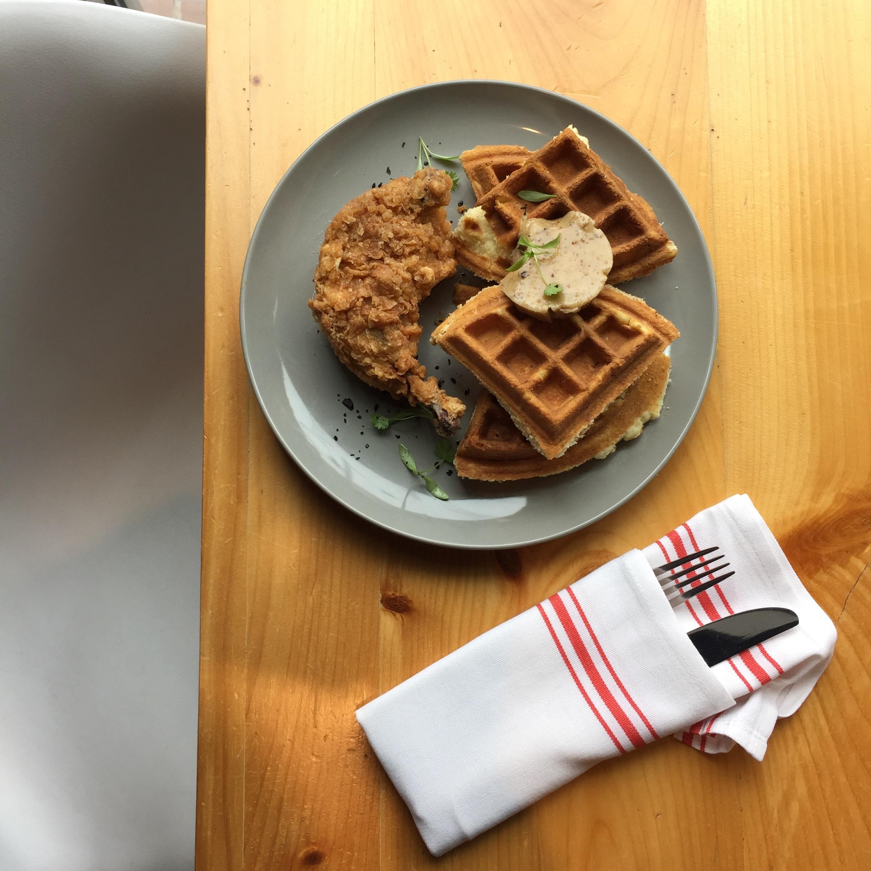 chicken & waffles 2