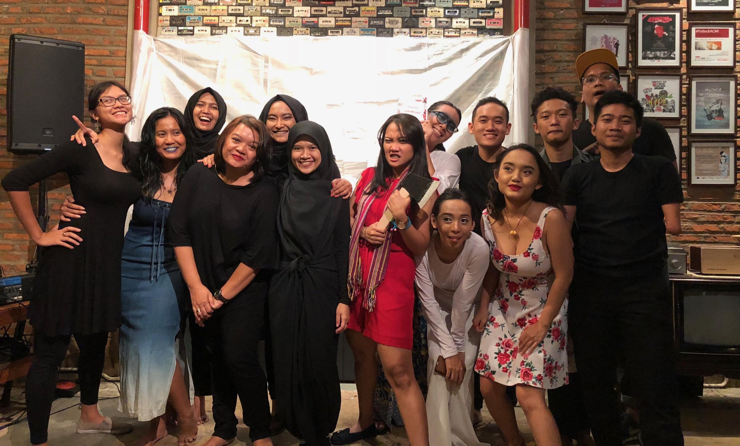 Teater Bolong yang menampilkan karya-karya dari serial Unrepressed pada peluncuran serial tersebut, Mei 2018