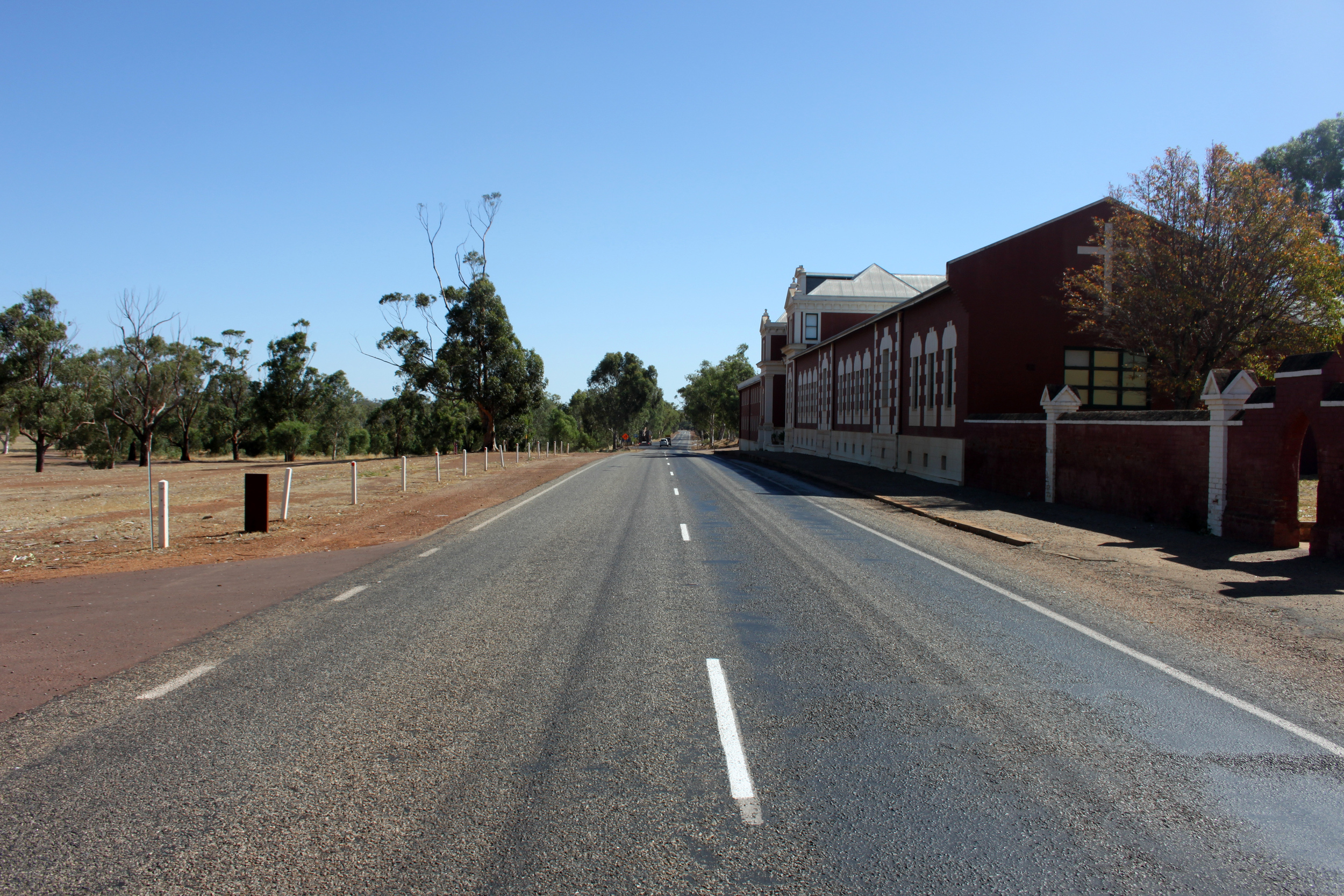 2015 JANUARY The Great Northern Highway leading to Perth. Anna Hartley for The Washington Post.jpg